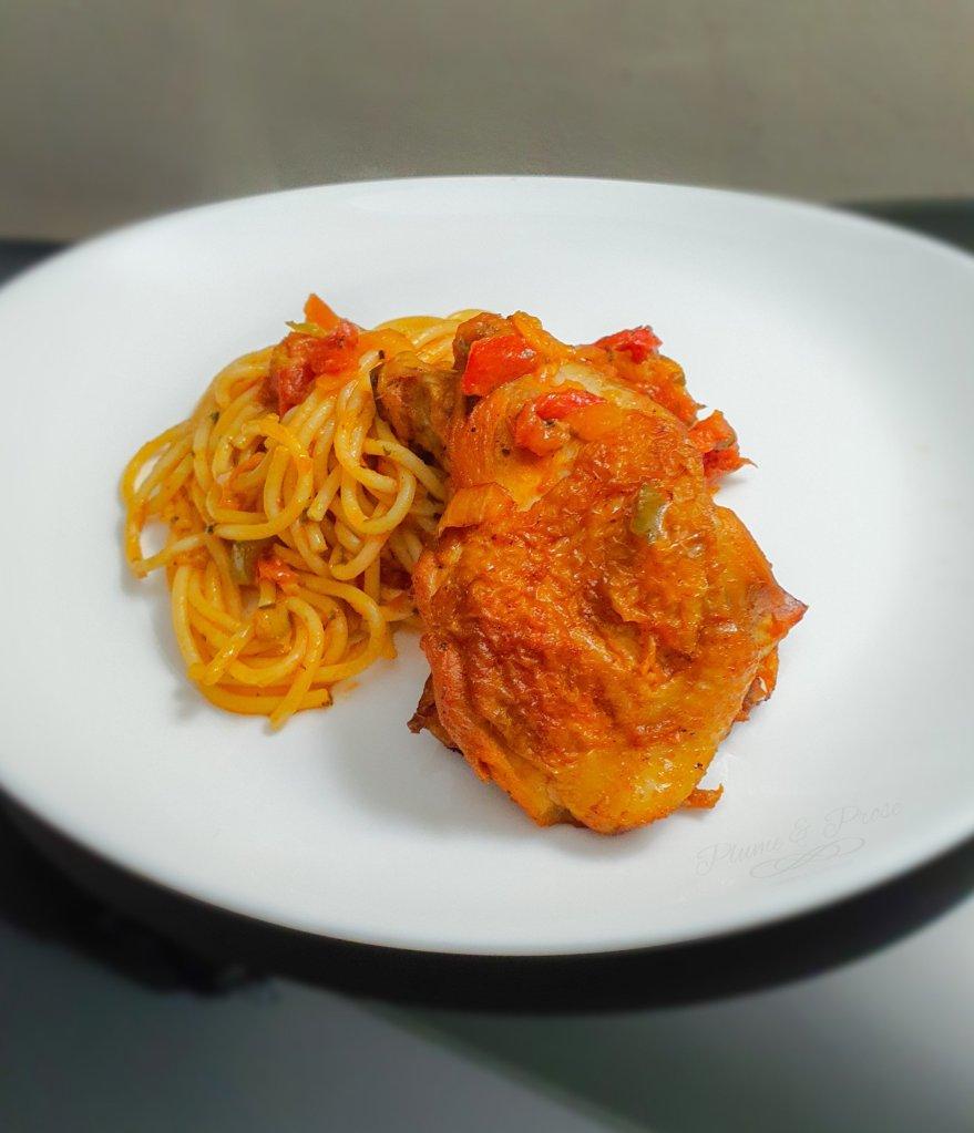 Un rayon de soleil s'invite dans votre assiette avec ce poulet à la basquaise