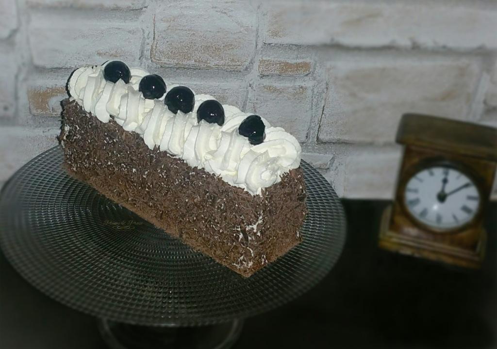 """""""Schwarzwälder Kirschtorte"""" ou le gâteau aux cerises de la Forêt-Noire (sans alcool)"""