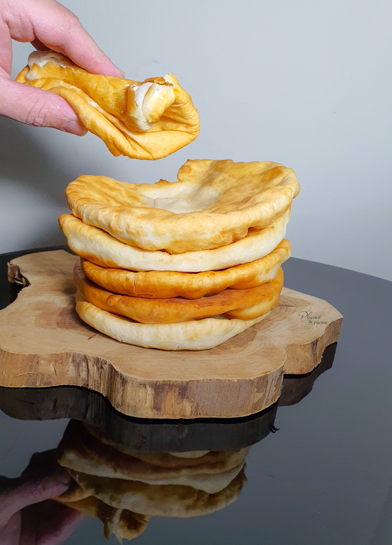 """""""Shelpek"""" ou le pain plat traditionnel Kazakh"""