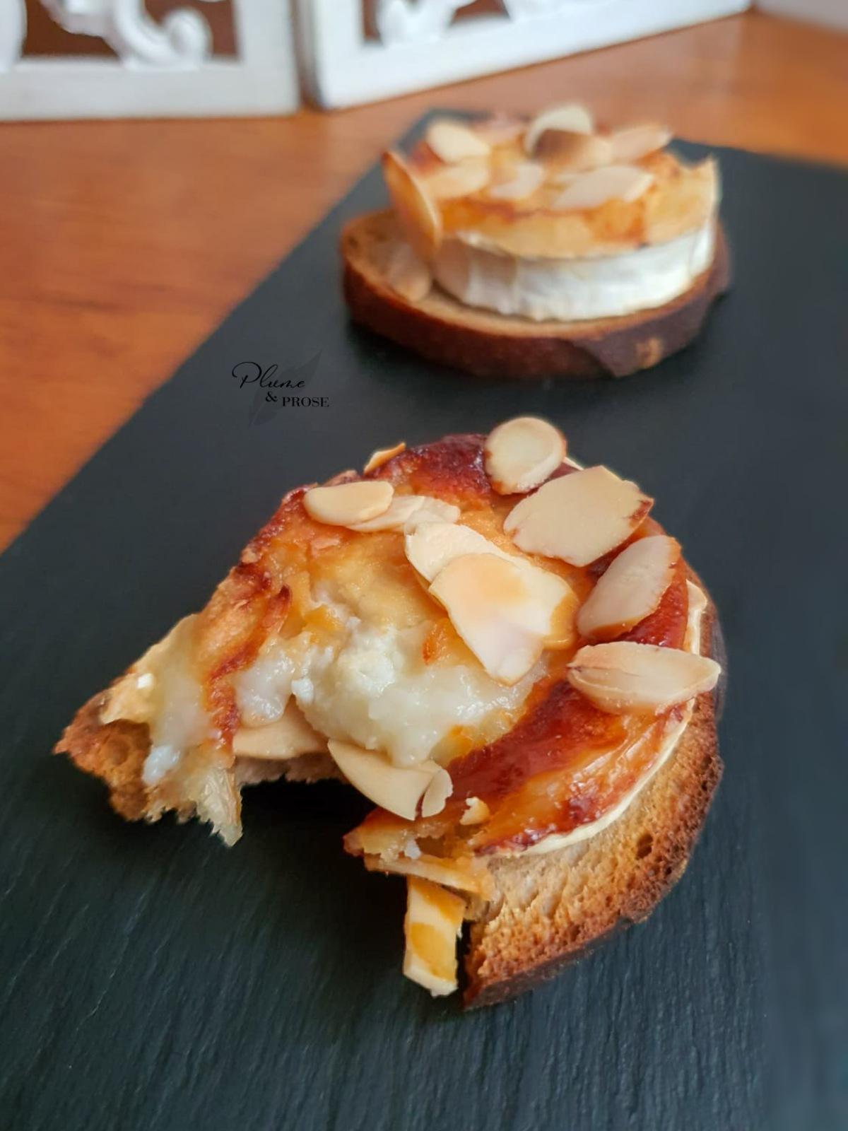"""""""Crostini"""" ou le petit toast grillé gourmand"""