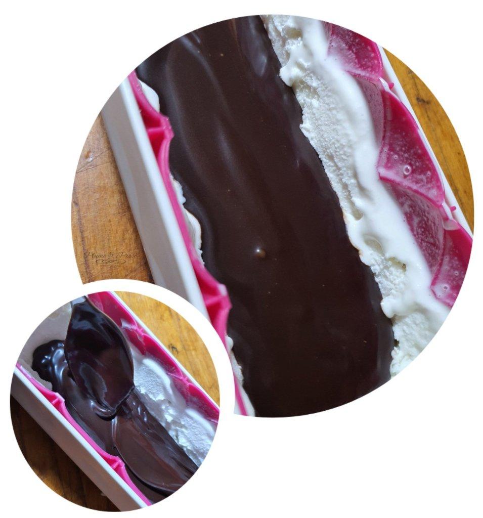 Préparation de la Bûche glacé express façon Mystère vanille-coco et son coeur coulant chocolat