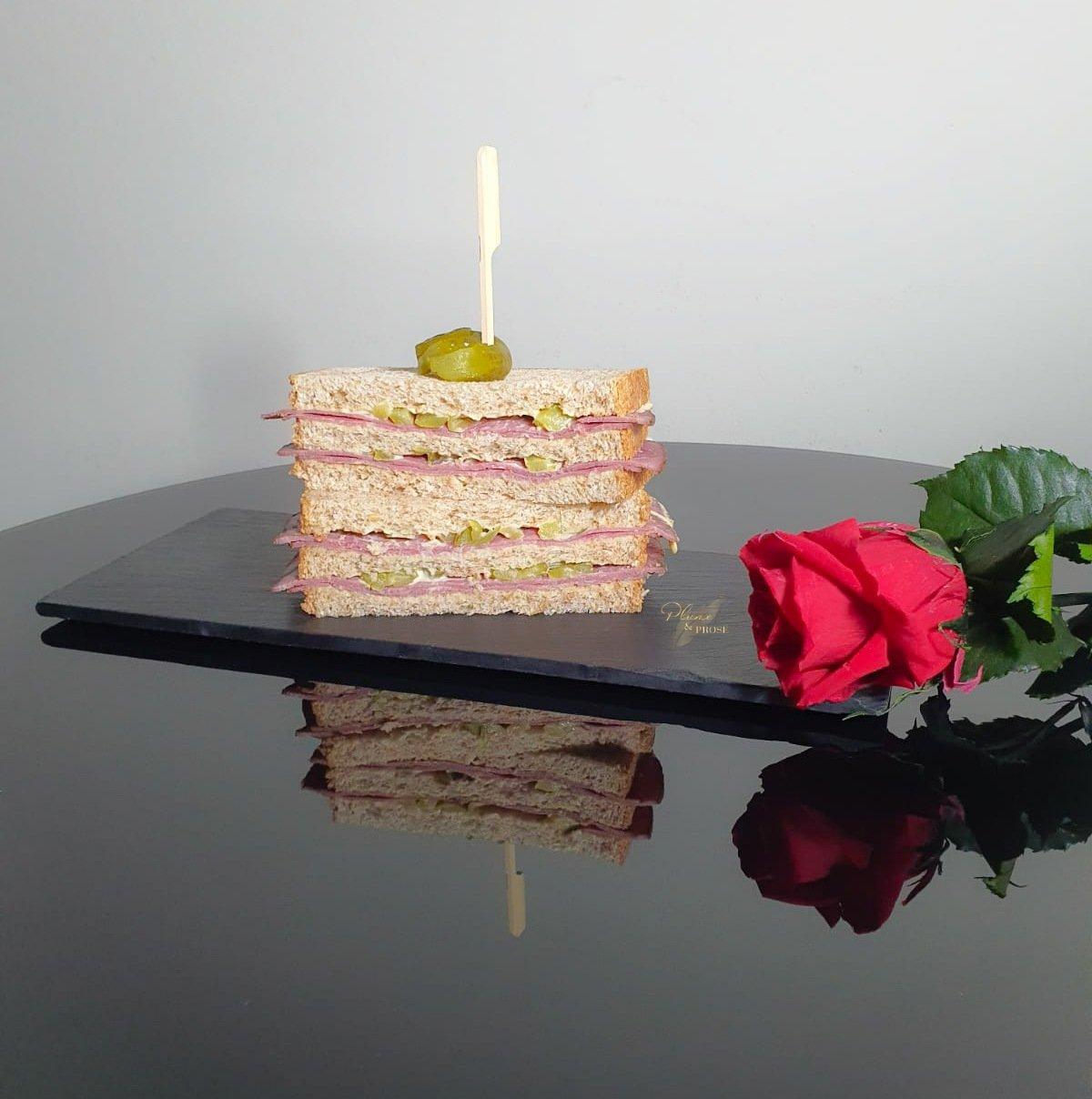 """""""Smoked Meat Sandwich"""" ou le Sandwich au Pastrami du déli"""