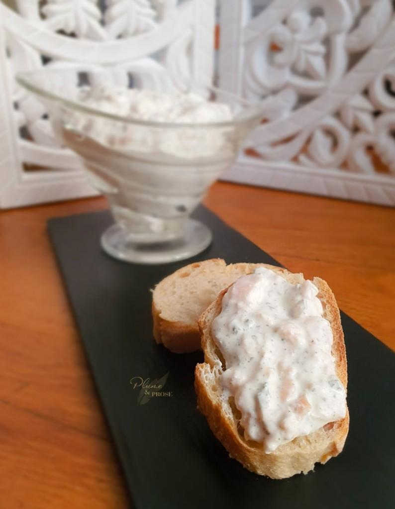 """""""Toorjuustu-Suitulohepasteet"""" ou le Pâté au Saumon et Fromage Crémeux Estonien"""