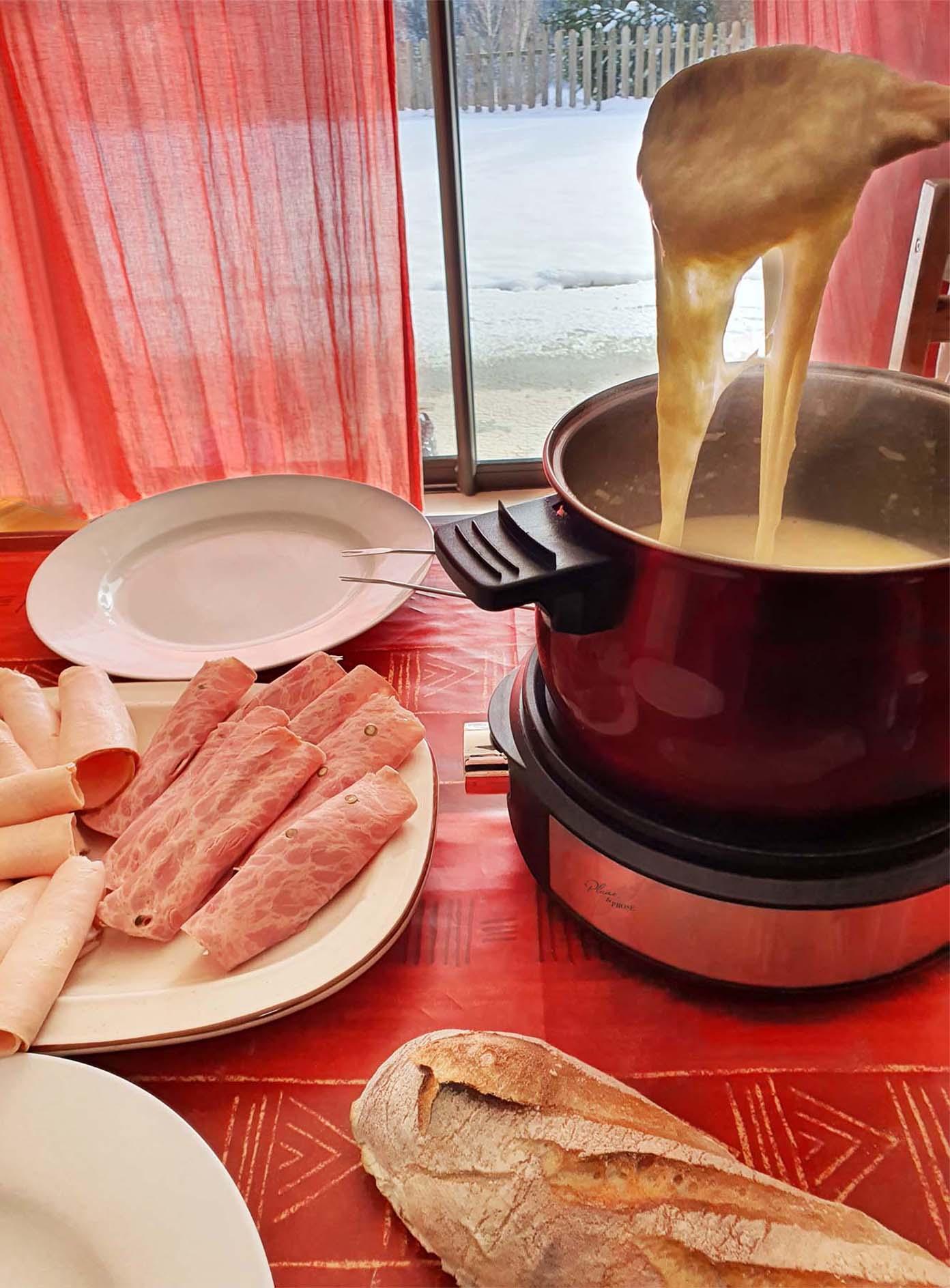 Laissez-vous tenter par la gourmandise d'une fondue au fromage