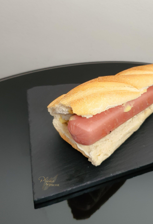"""""""Sanduiche de Salsicha"""" ou le Sandwich à la saucisse, tout simplement"""